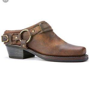 Frye Belted harness mule brown sz 9
